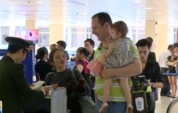 Ngày cuối năm tại sân bay Tân Sơn Nhất