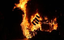 Sân khấu Kong: Skull Island tại TP.HCM cháy rụi vì múa lửa