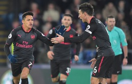 Alexis Sanchez lập cú đúp, Arsenal thắng nhọc Crystal Palace