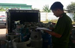 Bắt quả tang cơ sở sang chiết gas lậu quy mô lớn ở Đồng Nai