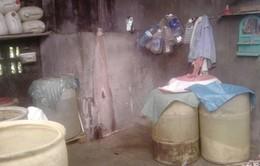 Thâm nhập cơ sở sản xuất rượu mất vệ sinh