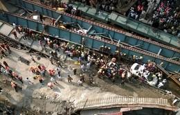 Sập cầu vượt đường sắt tại Ấn Độ
