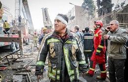 Iran gấp rút cứu hộ sau vụ sập tòa nhà 17 tầng