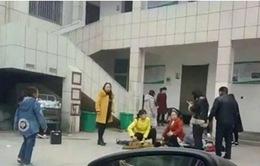 Trung Quốc: Sập nhà vệ sinh trường học, 2 học sinh thiệt mạng