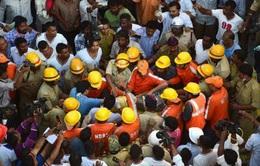 Sập nhà ở Ấn Độ, hàng chục người thương vong
