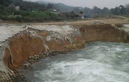 Hà Tĩnh: Sạt lở nghiêm trọng tại dự án Thủy lợi Ngàn Trươi