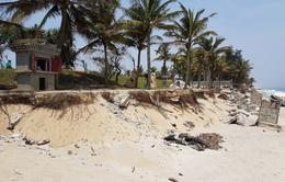 Khó khăn trong chống sạt lở ven biển Thừa Thiên - Huế