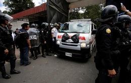 Vụ cháy khiến 19 em gái thiệt mạng ở Guatemala: Do đốt đệm ngủ