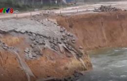 Sạt lở công trình thủy lợi Ngàn Trươi - Cẩm Trang