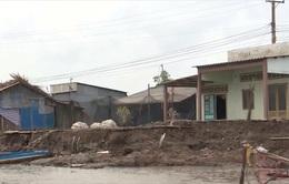 Sạt lở đê biển Tây Cà Mau, hàng nghìn hộ dân bị ảnh hưởng