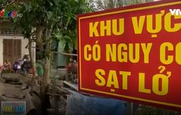 Người dân Vĩnh Long bám trụ ở khu vực sạt lở