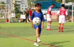 Gặp gỡ Thục Nghi - cô bé 11 tuổi tài năng của bóng đá Việt Nam