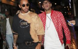 Hậu scandal với Cavani, Neymar xuất hiện cực bảnh trong đêm tại London