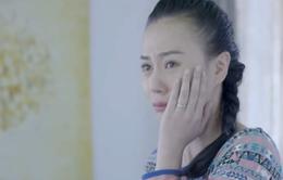 """Phương Oanh """"Ngược chiều nước mắt"""" không thể quên cảnh bị Hà Việt Dũng cho... ăn tát"""