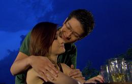 Phim Giao mùa - Tập 43: Yêu Mai (Huyền Lizzie) nhưng Hưng (Chí Nhân) lại ngủ với Hòa (Thanh Huyền)