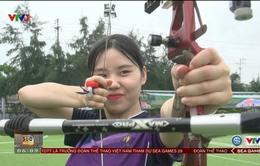 VTV Cup Tôn Hoa Sen 2017: Các cô gái đội Suwon (Hàn Quốc) cùng trải nghiệm môn bắn cung