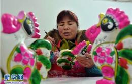 Làng nặn tượng đất sét truyền thống tại Trung Quốc