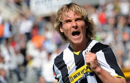 Sốc: Huyền thoại không tuổi của Juventus xỏ giày trở lại sân cỏ ở tuổi 45