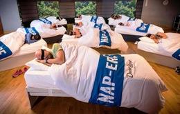 Lớp học ngủ cho phụ huynh mệt mỏi tại London, Anh