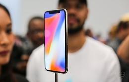 Đến cả đồng sáng lập Apple cũng không tin iPhone X