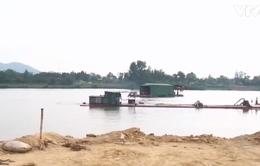 Quyết liệt chấn chỉnh khai thác cát sạn trên sông Hương