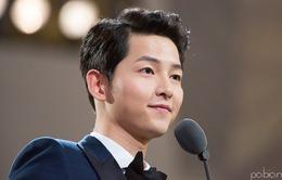 Nghe những lời này của Song Joong Ki, một biên kịch đã bật khóc