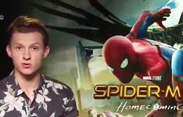 """""""Người Nhện"""" Tom Holland gửi lời chào đến khán giả Việt Nam"""