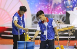Tinh thần Asobi thể hiện ngay từ đêm mở màn chung kết Robocon Việt Nam 2017