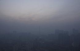 Trung Quốc: Sương mù dày đặc tiếp tục gây ảnh hưởng đến giao thông