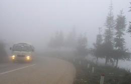 Hiện tượng sương mù gây ảnh hướng tới giao thông Tây Bắc