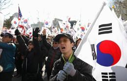 Phế truất Tổng thống, Hàn Quốc đi về đâu?