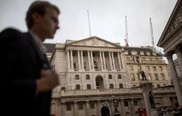 Nợ quốc gia của Anh chạm mức cao nhất trong 42 năm