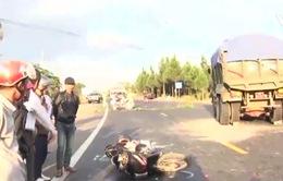Lâm Đồng: Xe máy va chạm mạnh xe tải, 4 người bị thương