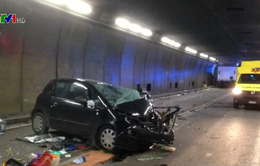 Xảy ra tai nạn, đường hầm Gotthard phải đóng cửa nhiều giờ