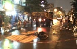 Xe máy va chạm xe tải, 3 người tử vong tại TP.HCM