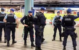 Tấn công bằng dao ở sân bay Schiphol, Hà Lan