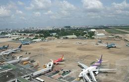 Quá tải, sân bay Tân Sơn Nhất vượt qua cao điểm Tết bằng cách nào?