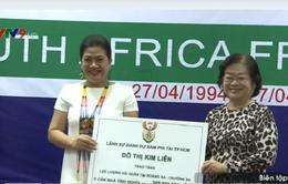 Lãnh đạo Nam Phi trao tặng Quân chủng Hải quân nhà tình nghĩa