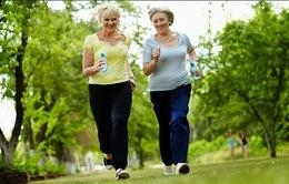 Tập thể dục để người già giảm bớt nguy cơ tai nạn ngã