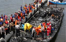 Cháy tàu du lịch tại Indonesia, 5 người thiệt mạng