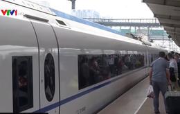 Trung Quốc cấm hàng triệu người đi máy bay, tàu cao tốc vì... nợ ngân hàng
