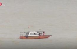 Huy động tàu giã cào tìm kiếm 3 thuyền viên tàu VTB 26 mất tích