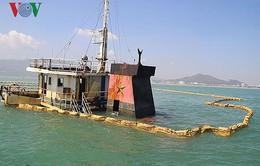 Bình Định đề nghị hỗ trợ trục vớt tàu hàng bị chìm trên biển Quy Nhơn