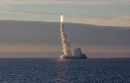 Tàu ngầm Nga tấn công IS ở Syria