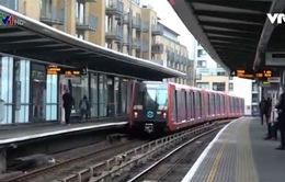 Hệ thống tàu điện nhẹ trên cao tại London (Anh)