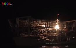 Tàu vỏ sắt Thanh Hóa sau nhiều ngày mất liên lạc đã vào bờ an toàn