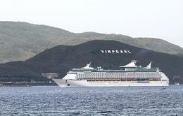 Tàu Voyager of the Seas lần thứ 6 cập cảng Nha Trang