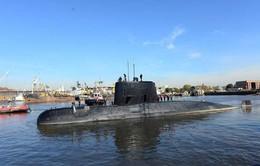 Thời tiết xấu cản trở việc tìm kiếm tàu ngầm Argentina mất tích