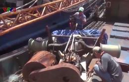 Ngư dân Bình Định và doanh nghiệp thống nhất phương án sữa chữa tàu vỏ thép