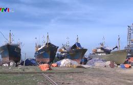 Hôm nay, Bình Định thống nhất phương án sửa tàu vỏ thép hỏng